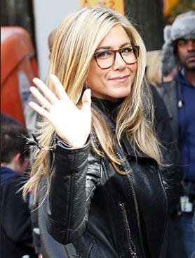 64b3ec088 celebridades-oculos-jenniferaniston - WePick
