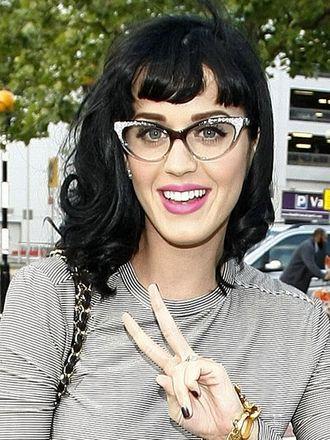 522baa6d8 celebridades-oculos-katyperry - WePick