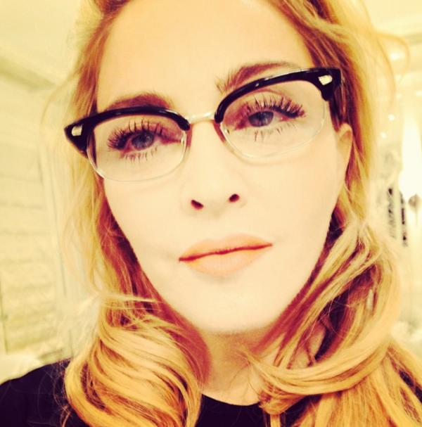 a157ddc4f Usa óculos de grau? Inspire-se nas celebridades - WePick